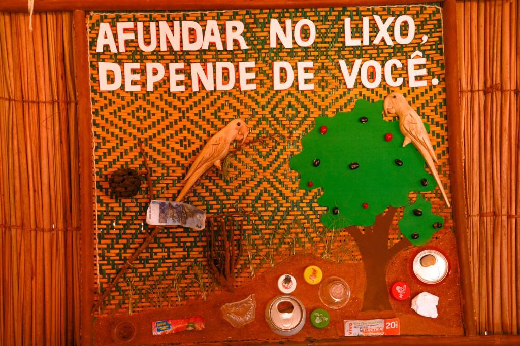 Fotografia, cartazes, música, vídeo, vinheta... produções dos jovens da Resex alertando para a preservação do meio ambiente