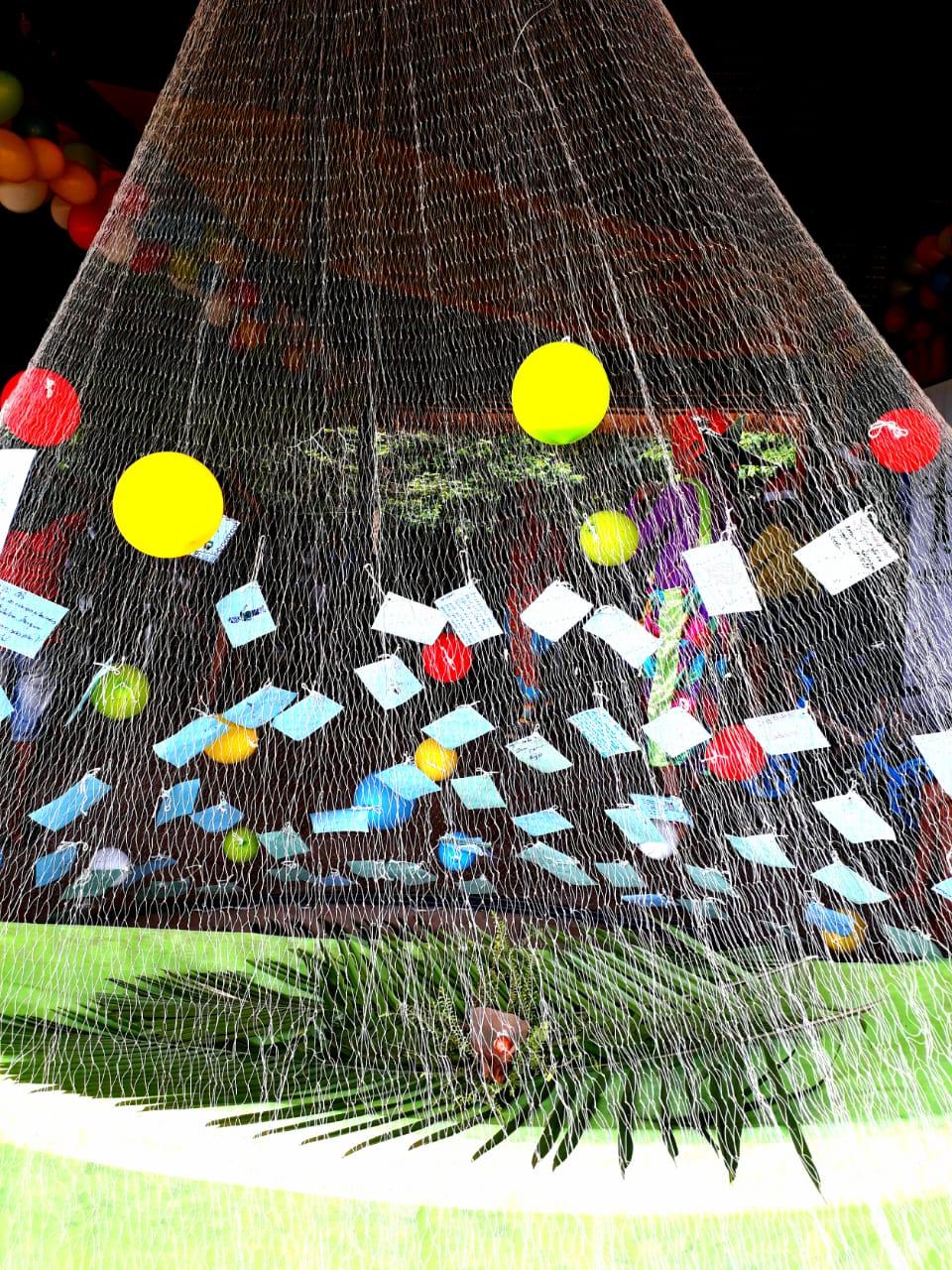 Rede Mocoronga Natal Antecipado Na Floresta Tem Circo E Arvore De
